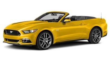 Mustang convertible viajar al aire libre nunca había sido tan divertido