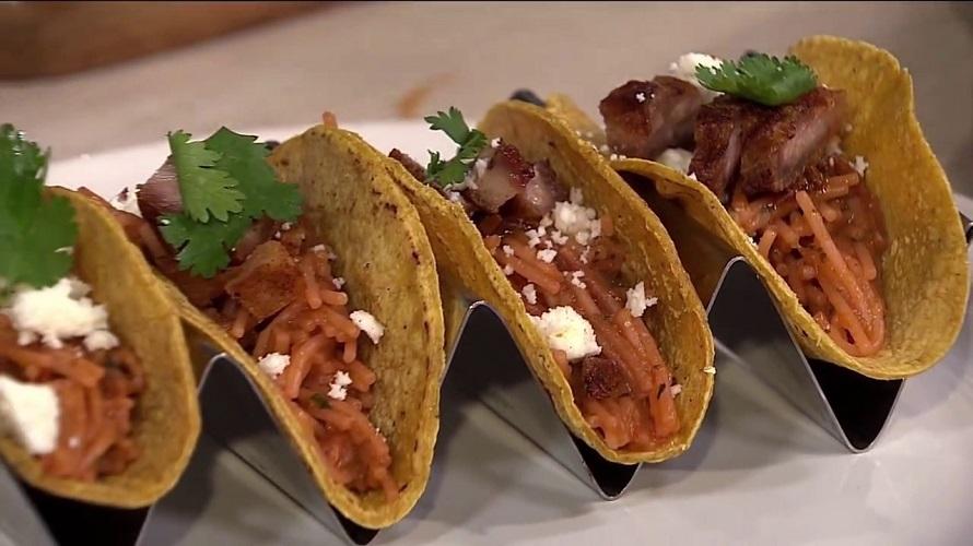 Tacos de Fideo Seco gastronomía de Nuevo Léon