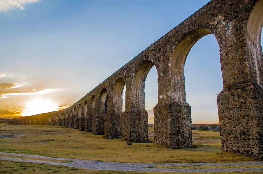 Arcos del Sitio, lleno de leyendas y actividades que hacer en Tepotzotlán