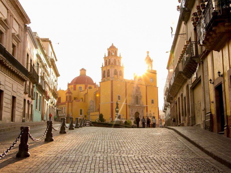 que hacer en Guanajuato basilica